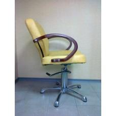 Кресло парикмахерское Кр012