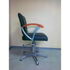 Кресло парикмахерское Кр029