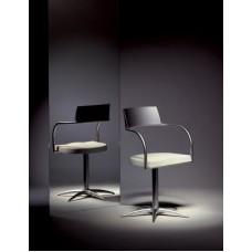 Парикмахерское кресло Poltrona Basiс